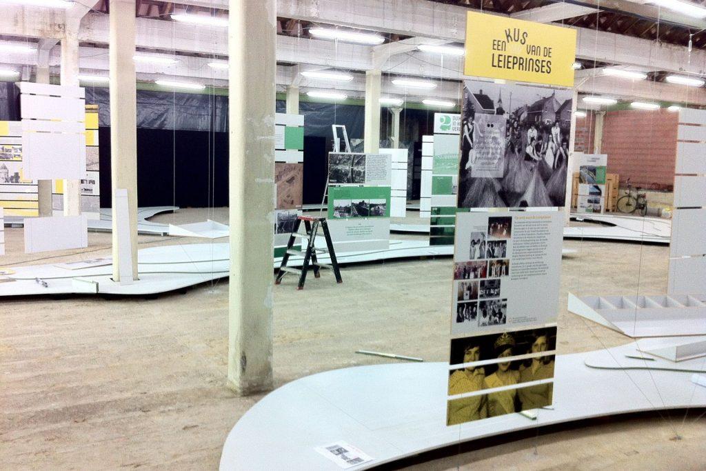 Metamorfosen 2016 Texture Museum Kortrijk Scenografie en opbouw tentoonstelling door Helix bvba.